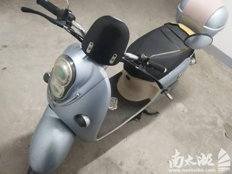雅馬哈電動車轉讓,有圖有照片,價格1260元,可以小刀.