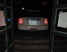 车停在单元门口